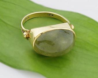 9ct Yellow Gold Vintage Jade Statement Ring Size 7.5