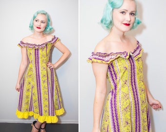 1940's Purple & Chartreuse Tropical Tiki Print Off the Shoulder Ruffle Dress | Size XS