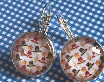 Thanksgiving pilgrim hats glass cabochon earrings - 16mm
