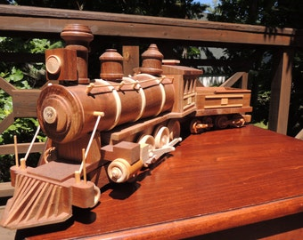 Steam  Engine & Coal Car Walnut