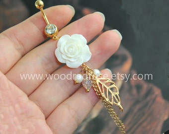 White Flower Belly Button Ring ,White Flower Belly Ring with gold leaf ,peal,beads,Dangle Belly Ring , Floral Belly Button Piercing