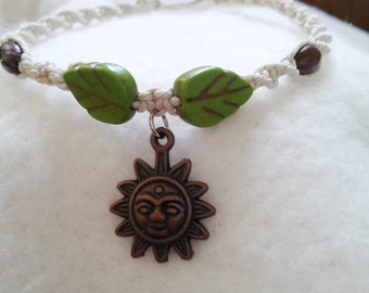 Sun Charm Hemp Anklet w. Leaf Beads - Hemp Ankle Bracelet - Natural Bohemian Jewelry