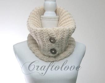 Chunky knit cowl - Chunky cowl - Knit cowl - Knit button cowl - Knit cowl scarf - Knit cowl neck - The Amsterdam - Neck warmer
