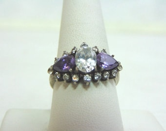 Womens Sterling Silver .925 Ring w/ Amethyst Colored Stones 4.8g #E3677