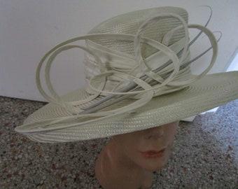 Whimsical Bettley London Pale Celery Green Sisal Straw Hat Sun Derby Church