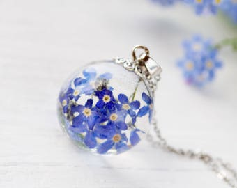 Terrarium necklace Real forget-me-not necklace Terrarium jewelry Resin flower necklace Botanical resin necklace Resin jewelry Nature Jewelry