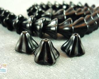 10 13x8mm (PV151) black glass flower beads