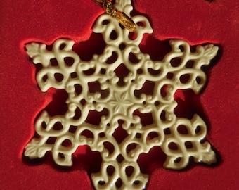 2003 Lenox Snowflake Christmas Ornament