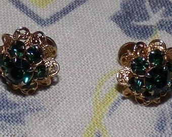 Vintage Emerald Green Rhinestone Gold Tone Cluster Earrings Flower-Style with Screw Backs