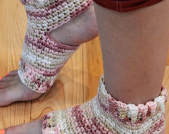 New!!!!  Rosewood Crocheted Yoga/Pilates/Dance/Pedicure/Flip Flop Socks (THICK-AVERAGE SIZE)