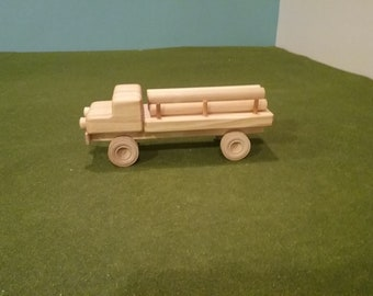 Wood Log Carrier Flatbed Truck - Dowels