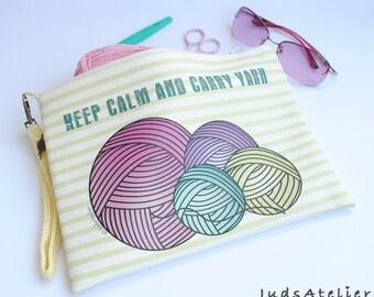 Zipper crochet clutch - project knitting bag - hand bag for weavers - hand bag - Crochet Gif - Keep calm & Carry yarn - mothers day