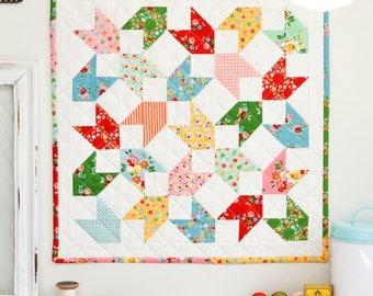 Backyard Chicks Mini Quilt Paper Pattern