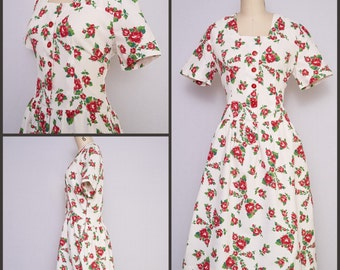 1950s Fashion / 1950s Dress / Floral 50s dress / Cotton Pique shirtwaist dress / Red Rose Dress / Viva Las Vegas