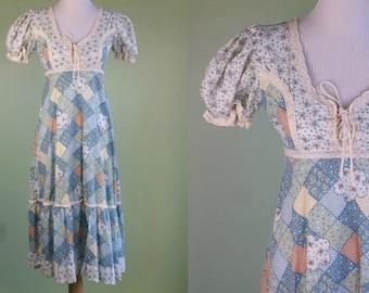 1970s Patchwork Floral Dress - 70's Boho Dress - Peasant Gypsy  Hippie - XS