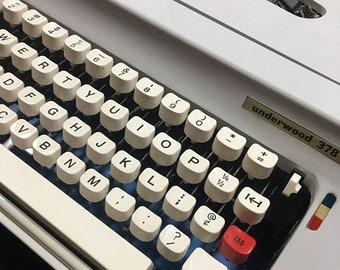 Vintage typewriter, vintage Underwood Typewriter, vintage portable typewriter