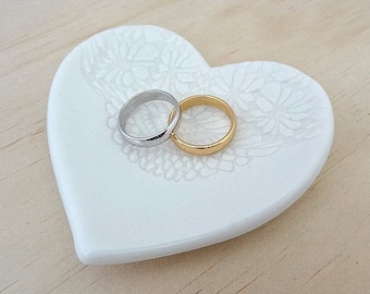Ceramic ring holder. White heart shape ring dish. Lace imprint. Perfect for wedding ring pillow, wedding gift, engagement gift.