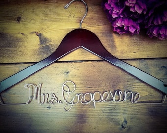 SALE Bridesmaid Hanger, Bride Hanger, Name Hanger, Wedding Hanger, Personalized Bridal hanger, Bridal Gift, Fast Shipping,Wooden name hanger