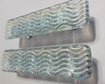 Custom textured glass cabinet hardware. Wave ripple texture cabinet pulls and knobs. Glass drawer pulls and knobs. Kitchen bath decor