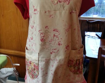 Rose/Cream Full-Size Apron
