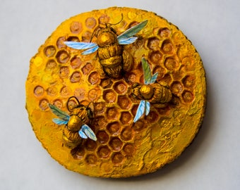 3 Bees on Honeycomb