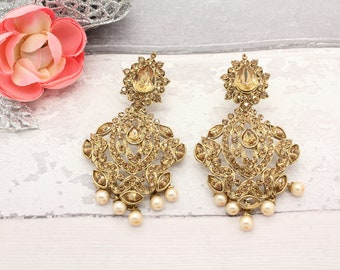 Gorgeous Pair of Antique Gold Indian Inspired Bollywood Kundan Earrings Bridal Wedding