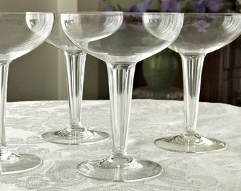 Set of 4 Hollow Stem Coupe Champagne Glasses Crystal Champagne Coupes