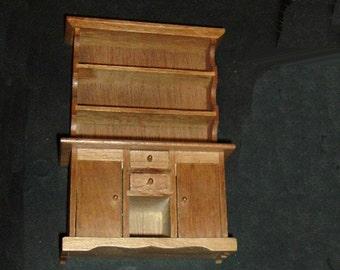 Miniature HUTCH 2 Shelves/4 Drawers (Block House)