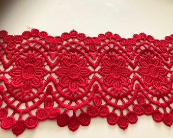 14 cm wide red guipure lace