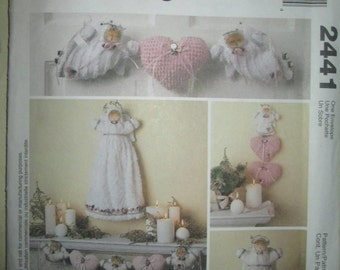 McCalls Crafts Pattern 2441 Angel Tree topper, Ornaments, Garland, Wall Decorations Christmas Holidays