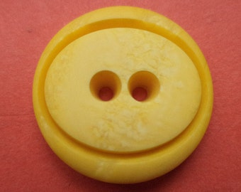 13 buttons yellow 23mm (3767) button