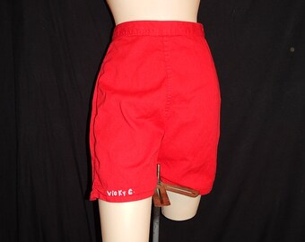 S / M - Cute vintage 40's 50's red high waisted bombshell shorts with snaps by Colby Rall