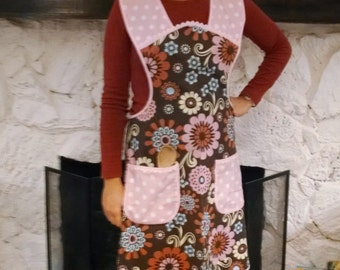 Women Pink Polka Dot and Brown Flowered Apron, No Pull Neck Apron, Size Large, Retro Style Hostess Apron