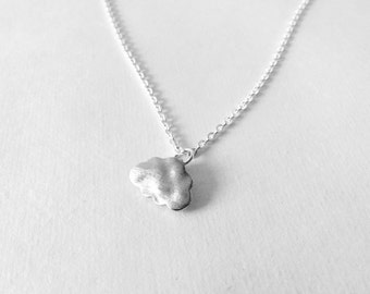 Silver cloud necklace with silver chain