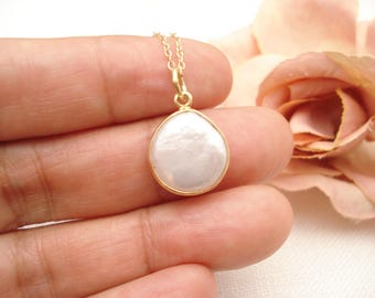 Cultured Freshwater Pearl Necklace...Genuine semi precious gem stone jewelry, Coin Pearl, simple necklace, bridal jewelry, bridesmaid gift