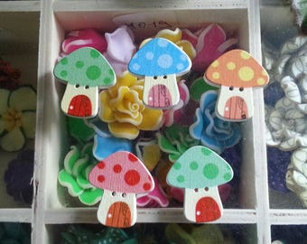 5 wood mushrooms print, 2 hole buttons, dyed, color-multicolored, 24 x 22 x 4 mm, hole: 1 mm