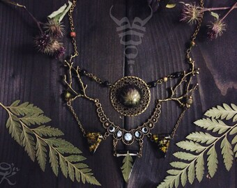 Moon phases necklace, thistle necklace, witchy necklace with real thistle, fern leaf and forest moss, shaman necklace, moon witch jewelry