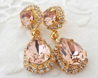 Blush earrings,chandelier earrings,blush Bridal earrings, Blush pink bridesmaid earrings,Dangle earrings,Swarovski crystal halo earring
