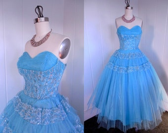 1950s Vintage Sky Blue Tulle and Lace Prom Dress with Shelf Bust
