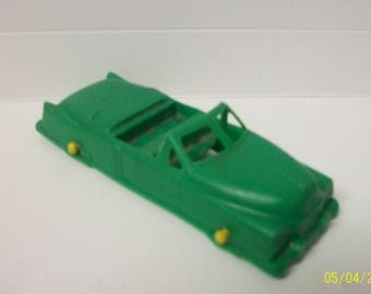 "Lido Green Convertible Car Vintage 1940-50's  Plastic Car Yellow Wheels l 3.75"" Car  Needs  Some Cleaning"