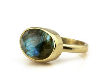 SUMMER SALE - Labradorite ring,gold ring,stacking ring,gemstone ring,semiprecious ring,engagement ring,promise ring