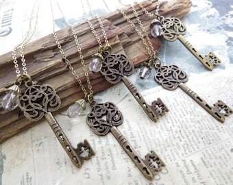 Victorian Key Necklace, Bridesmaids Jewelry, Bridesmaid Gift, Keepsakes, Key Necklace, Wedding Giveaways