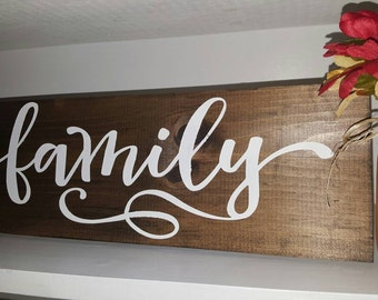Family Wood Sign | Rustic Wood Sign | Wood Decor | Country Home Decor | Family Sign | Made in Canada