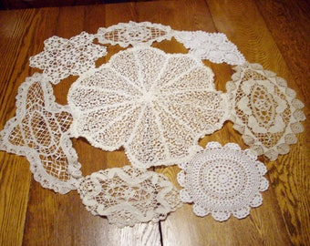 """Vintage Doily Table Decor Handstitched Centerpiece Wedding Easter Table 32"""" Round"""