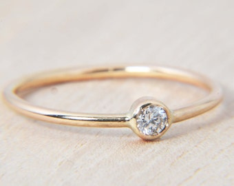 Simple .11ct Diamond Ring in 14K Gold