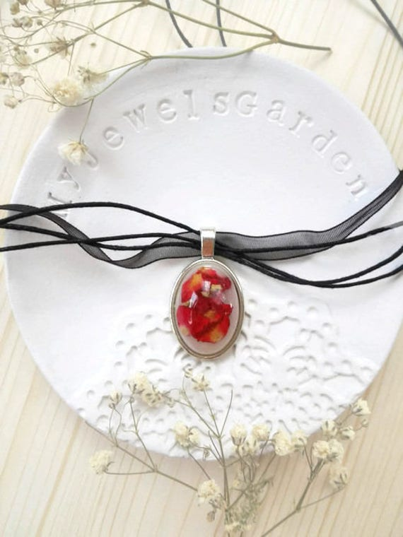 Black choker Romantic necklace for women Real red rose necklace Real flower necklace for mom Black Victorian necklace Gothic resin jewelry