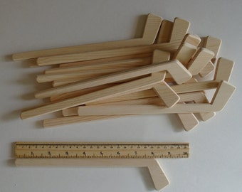 Natural Wood Small Hockey Player Sticks, Set of 18, Tournament Decor, Team Sports Gift, Party Favour, Themed Wedding, Jacobs Wooden Toys