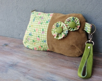 Gingham Cuteness Pouch, Green Vintage Flocked Gingham Zippered Wristlet Pouch with Leather details