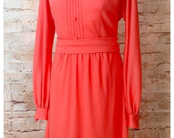 Pretty Vintage Mary Hames dress