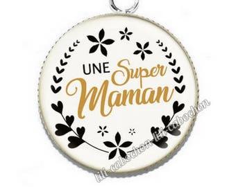 Resin cabochon pendant for MOM av1